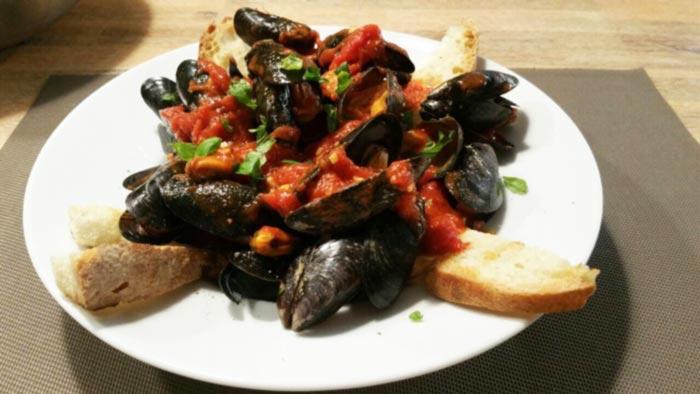 Muscheln im Tomatensud