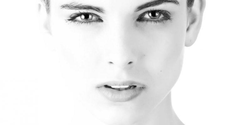 6 Tipps für reine Haut – Sanft Pickel und Mitesser entfernen.