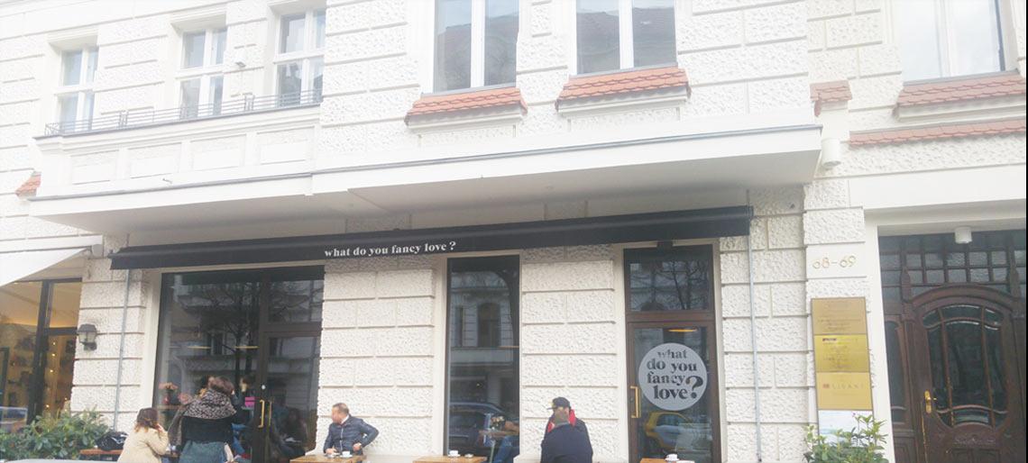 What do you fancy love? Der Besuch im hippen Cafe!